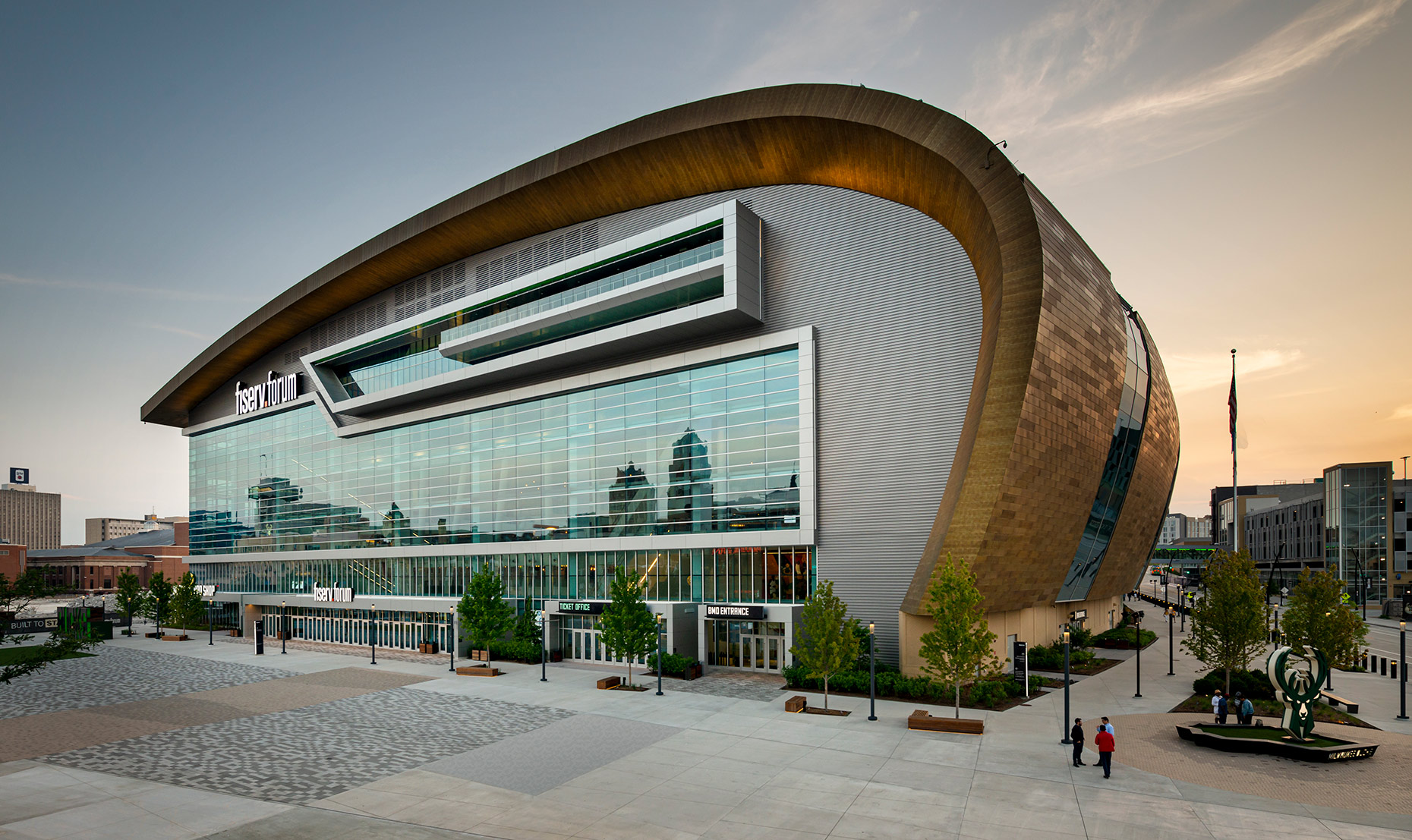 Milwaukee Bucks, Fiserv Forum stadium